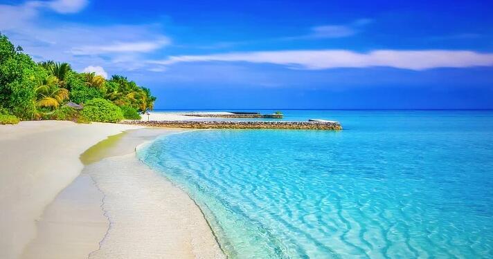 暑期带孩子海滩旅游