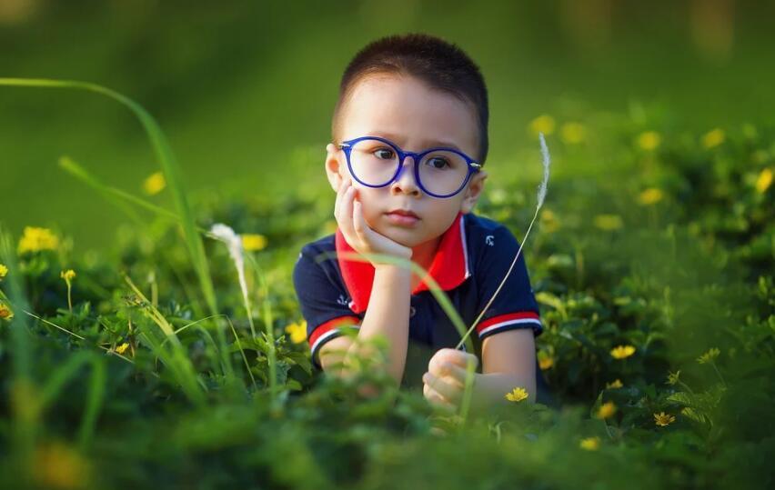 发现孩子最近有点近视的苗头怎么办