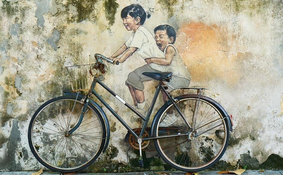 勿让不满12岁的儿童骑车上路